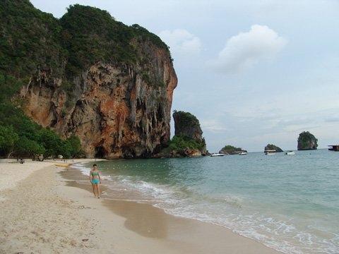 ที่พักหาดถ้ำพระนาง